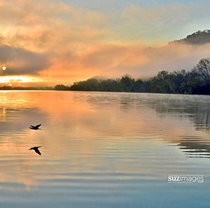 susie, loechler, suzimages, photo, photography, winona, minnesota, mississippi, river, water, bluff, sunset, sunrise