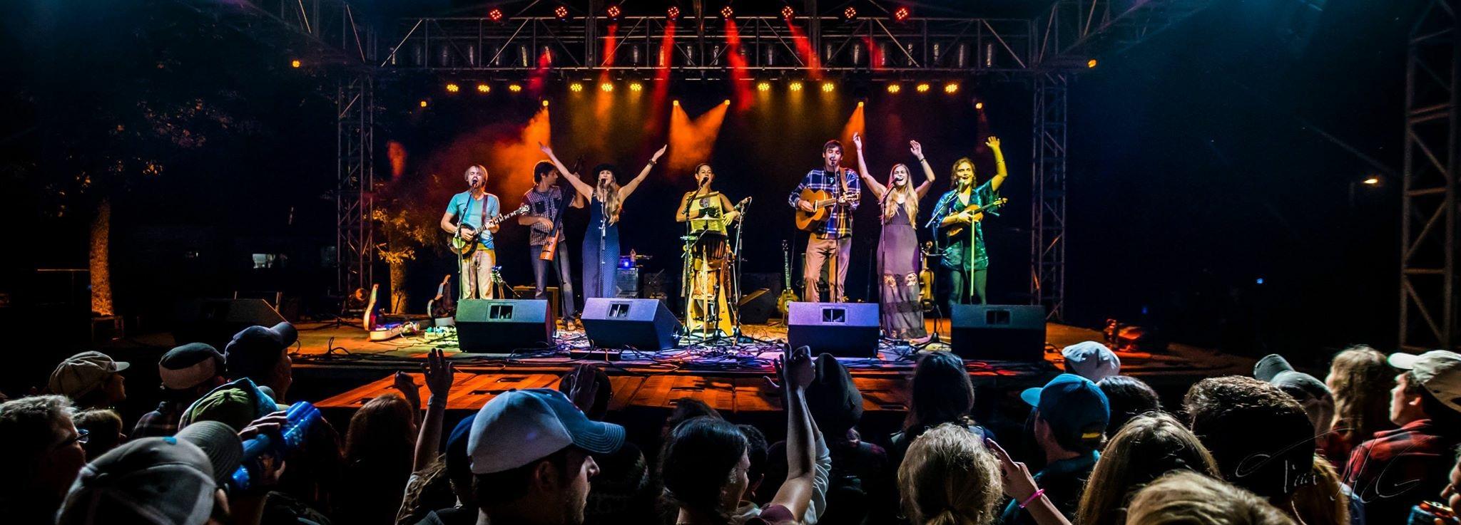 boats, bluegrass, winona, minnesota, concert, performance
